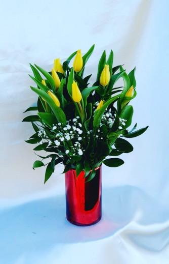 florero tulipan rojo